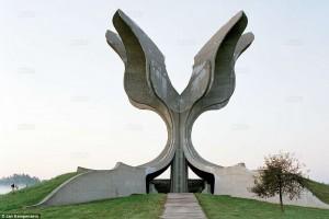 Закажите монумент или памятник на Изготовление памятников.ру